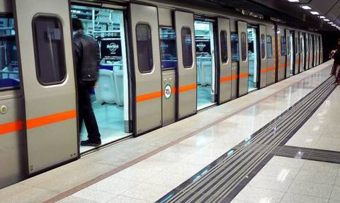 """«Ένα βαγόνι γεμάτο """"νεκρούς"""" στο μετρό της Αθήνας»"""