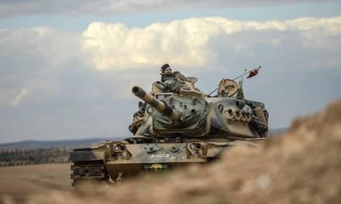 Τουρκία: Κανένας στρατιώτης δεν έχει αποσυρθεί από το Ιράκ - Δεν πλήττει στόχους του ISIS στη Συρία