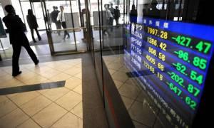Παράταση της απαγόρευσης ανοιχτών πωλήσεων επί των τραπεζικών μετοχών έως 21/12