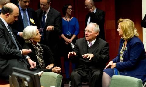 Ο Σόιμπλε βάζει στη θέση του τον Τσίπρα: Δεν σε συμφέρει να αμφισβητείς το ΔΝΤ…