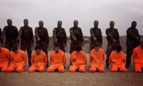 Αντάρτες ετοιμάζονται να εκτελέσουν τζιχαντιστές και τότε συμβαίνει κάτι εκπληκτικό (video)