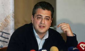 Εκλογές ΝΔ: Σφοδρά πυρά Τζιτζικώστα κατά ΣΥΡΙΖΑ και Τσίπρα