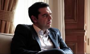 Επιχείρηση συσπείρωσης από τον Τσίπρα – Επαφές με βουλευτές