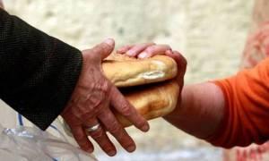 Κύπρος: Μείωση κατά 50% των απόρων οικογενειών