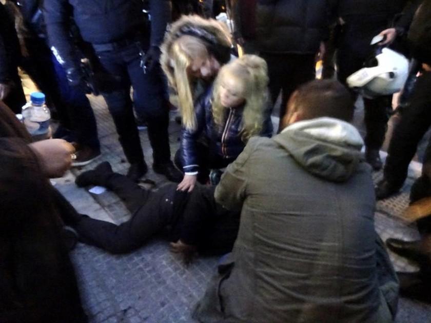 Σύλληψη καστανά: Φτάνει Κύριε Τσίπρα - Κάτω τα χέρια σας από τα γερόντια!!! (photos)