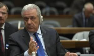 Αβραμόπουλος: Ιταλία και Ελλάδα δεν μπορούν να προχωρήσουν μόνες τους στην αναδιανομή προσφύγων