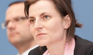 Τισενχάουζεν: Οι ιδιωτικοποιήσεις στην Ελλάδα απασχολούν τη γερμανική κυβέρνηση