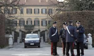 Ιταλία: Άντρας αυτοπυρπολήθηκε μπροστά στη βίλα του Μπερλουσκόνι