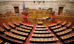 Το άγχος ψήφισης του νομοσχεδίου «τρώει» τον χρόνο συζήτησής του και προκαλεί κόντρες στη Βουλή!
