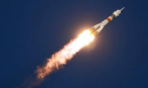 Εκτόξευση του διαστημοπλοίου Soyuz με προορισμό τον Διεθνή Διαστημικό Σταθμό (Vid)
