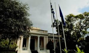 Μαξίμου: Ανοιχτό το ενδεχόμενο αποχώρησης του ΔΝΤ