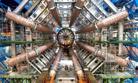CERN: Νέο «μυστηριώδες» σωματίδιο προκαλεί αναστάτωση!