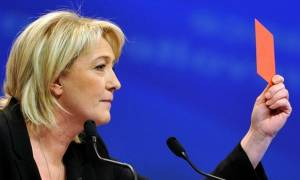 Σάλος στη Γαλλία: Η Λεπέν «ανέβασε» σκληρές φωτογραφίες από τις φρικαλεότητες των τζιχαντιστών