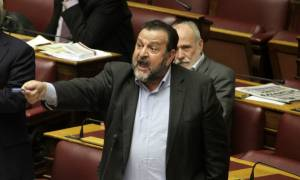 ΠΑΣΟΚ: Οργή Κεγκέρογλου για τις απουσίες υπουργών από τη Βουλή