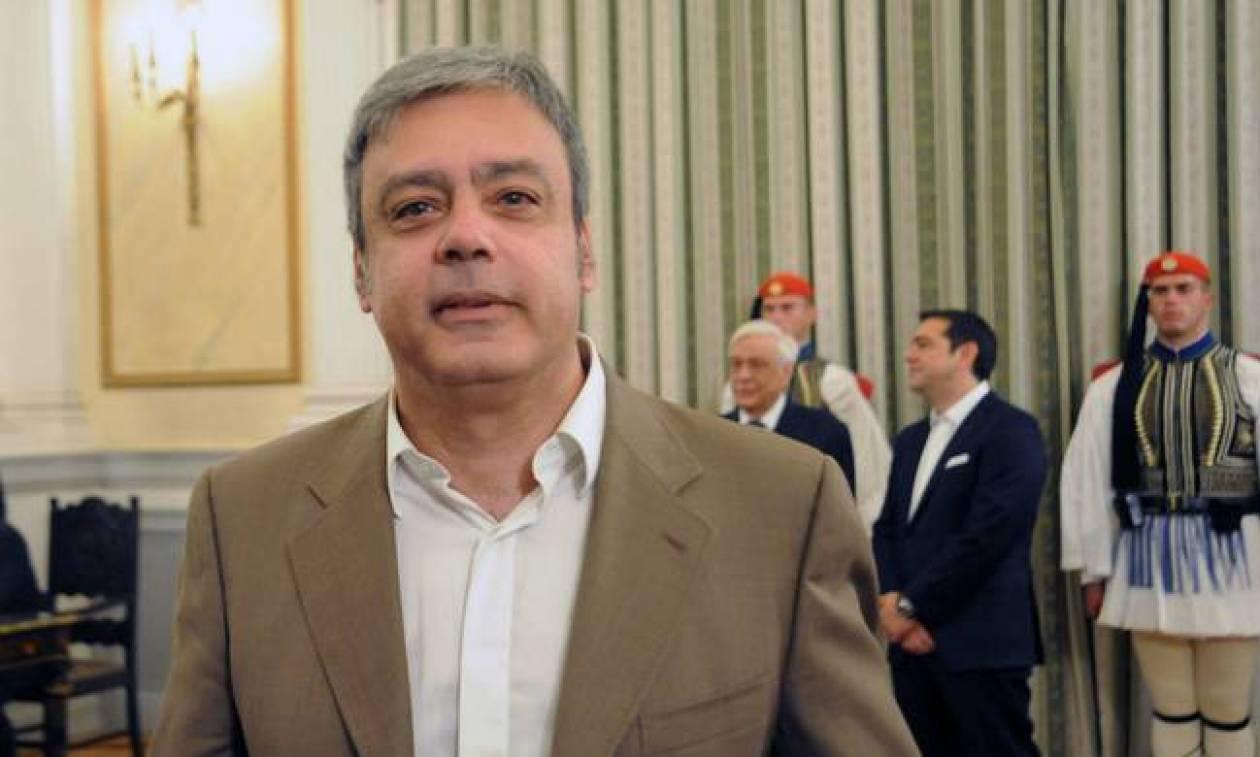 Βερναρδάκης: Θα επανεξεταστούν οι εκκρεμείς διαγωνισμοί του ΑΣΕΠ