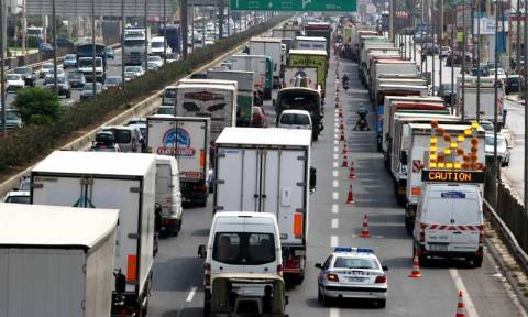 Αυξημένα τα μέτρα οδικής ασφάλειας σε ολόκληρη τη χώρα την περίοδο των εορτών