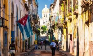 Ιστορική συμφωνία: Αποκαθίσταται η τακτική αεροπορική σύνδεση των ΗΠΑ με την Κούβα