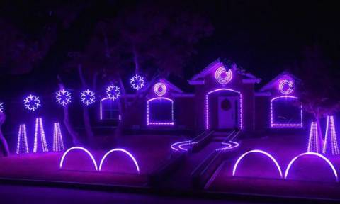 Αυτό είναι το πιο μουσικά συγχρονισμένο χριστουγεννιάτικο σπίτι (video)