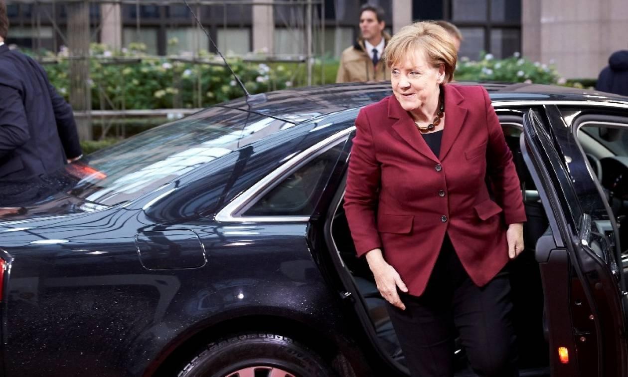 Ικανοποιημένο το 42% των Γερμανών με την πολιτική Μέρκελ στο προσφυγικό