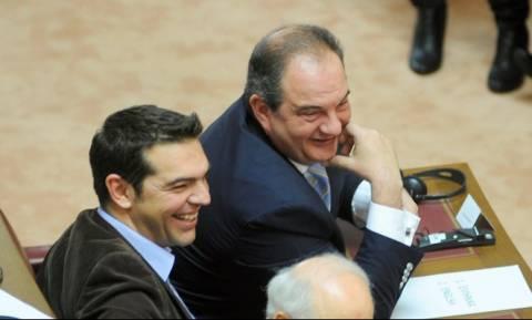 Αποκλειστικό: Όλο το παρασκήνιο των επαφών Τσίπρα - Καραμανλή