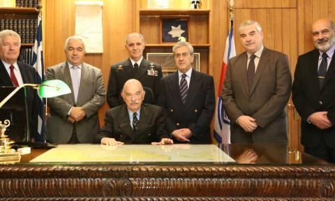 Επίσκεψη Επιτίμων Αρχηγών ΓΕΝ στο Γενικό Επιτελείο Ναυτικού (pics)