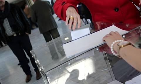 Εκλογές ΝΔ: Μεγάλη η συμμετοχή για την ανάδειξη του νέου προέδρου του κόμματος (photos)