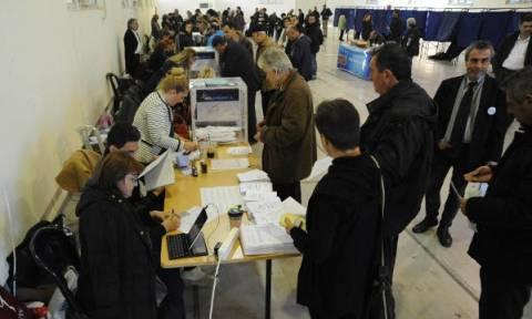 Αποτελέσματα εκλογών ΝΔ: Ουρές και στα εκλογικά κέντρα της Θεσσαλονίκης