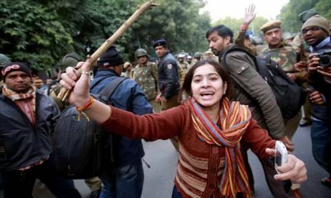 Ινδία: Αγανάκτηση για την αποφυλάκιση δολοφόνου - βιαστή