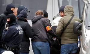 Βέλγιο: Συλλήψεις πέντε υπόπτων σε σχέση με τις επιθέσεις στο Παρίσι