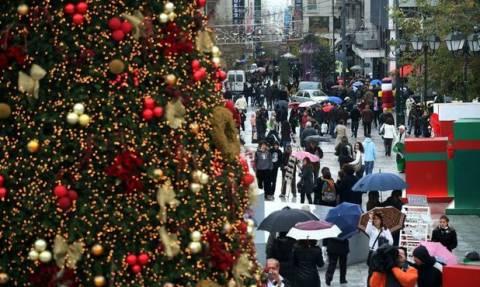 Δείτε πώς θα πληρωθείτε αν δουλέψετε Χριστούγεννα και Πρωτοχρονιά