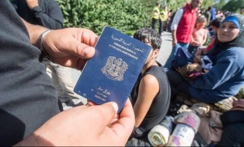 Γερμανία: Μετανάστες είχαν στην κατοχή τους πλαστά διαβατήρια ίδια με των βομβιστών του Παρισιού