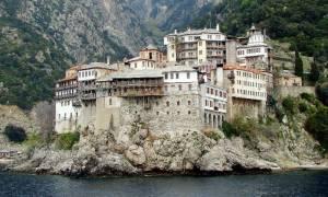 Παρέμβαση του Αγίου Όρους: Ακυρώστε το σύμφωνο συμβίωσης