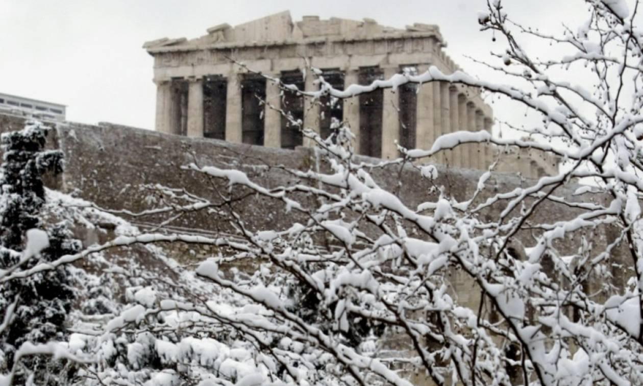 Έρχεται χιονιάς την Πρωτοχρονιά – Θα το στρώσει ακόμα και στην Αθήνα
