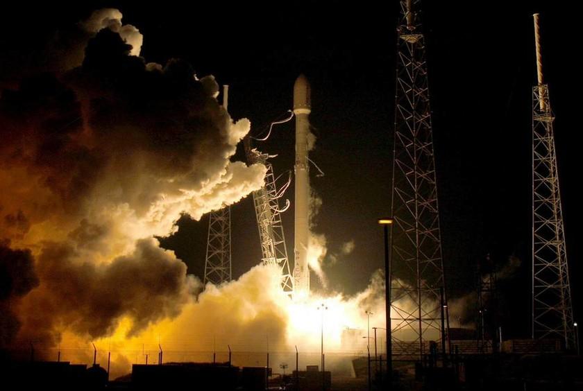 SpaceX: Ο ιδιωτικός πύραυλος που θα χτίσει πόλη στον Άρη (vid)
