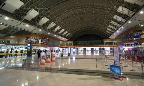 Δύο τραυματίες από έκρηξη σε αεροδρόμιο της Κωνσταντινούπολης