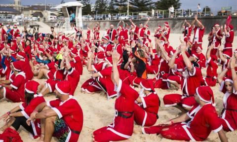 Αϊ Βασίληδες σπάνε το ρεκόρ Γκίνες στην Αυστραλία! (pics+vid)
