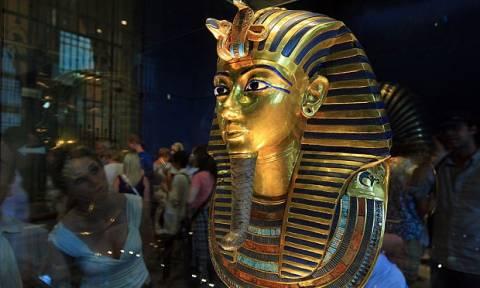 Αίγυπτος: Αποκαταστάθηκε η ζημιά στη χρυσή μάσκα του Τουταγχαμών