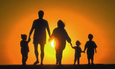 Γονείς: Πώς πιέζουν τα παιδιά τους