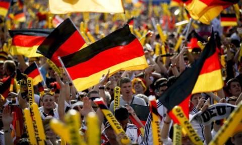 Οι Γερμανοί είναι πρόθυμοι να βοηθήσουν τους πρόσφυγες σύμφωνα με δημοσκόπηση