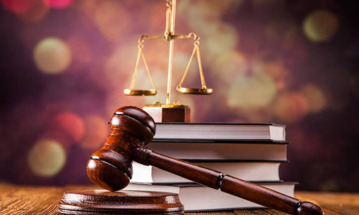 Η απάτη δικηγόρου που κάνει το γύρο του Διαδικτύου - Ποιο το κόλπο του για να «αρπάξει» χρήματα