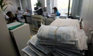 Χάος στα Ειρηνοδικεία: Λήγει η προθεσμία για ένταξη στο νόμο Κατσέλη