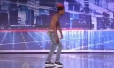 Αυτός ο χορός θα σας σοκάρει (video)