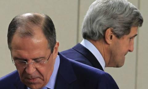 Λαβρόφ σε Κέρι: Μάταιες οι πιέσεις των ΗΠΑ στη Ρωσία