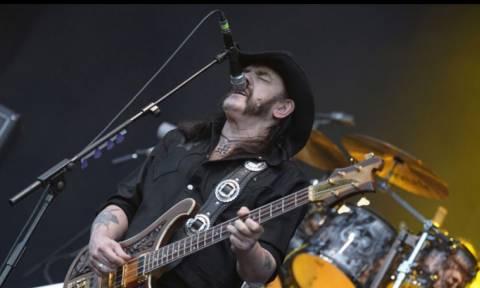 Πανικός στο Twitter με το θάνατο του Lemmy (tweets)