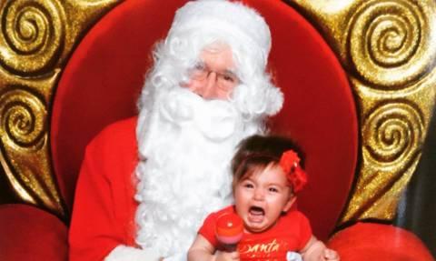 Όταν ο Άγιος Βασίλης δεν σκορπά χαμόγελα, αλλά… τρόμο! (photos)