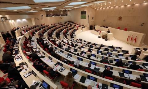Γεωργία: Η βουλή έδωσε ψήφο εμπιστοσύνης στον νέο πρωθυπουργό Κβιρικασβίλι