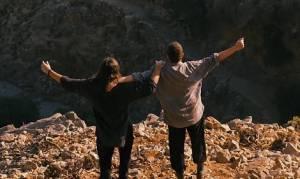 To τραγούδι που συγκλόνισε τους Έλληνες το 2015 (vid)