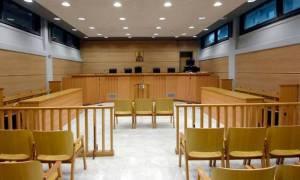 Ιωάννινα: Ισόβια σε πρώην ταμία του δήμου για υπεξαίρεση 1,3 εκατομμυρίων ευρώ