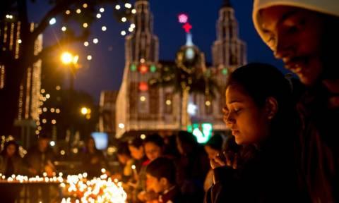 Παραμονή Πρωτοχρονιάς: Ρεβεγιόν με πυροτεχνήματα και αποκλεισμούς!