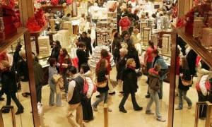 Εορταστικό ωράριο: Τι ώρα κλείνουν και πότε θα ανοίξουν τα καταστήματα